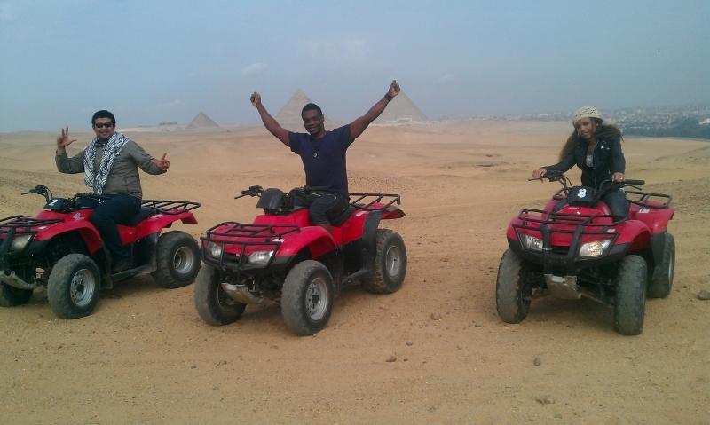 Excursion en quad aux Pyramides