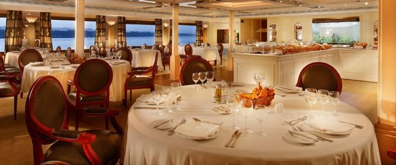 索内斯特尼罗河女神尼罗河邮轮,餐厅