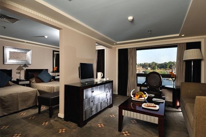 Mövenpick Sunray Nile Cruise suite