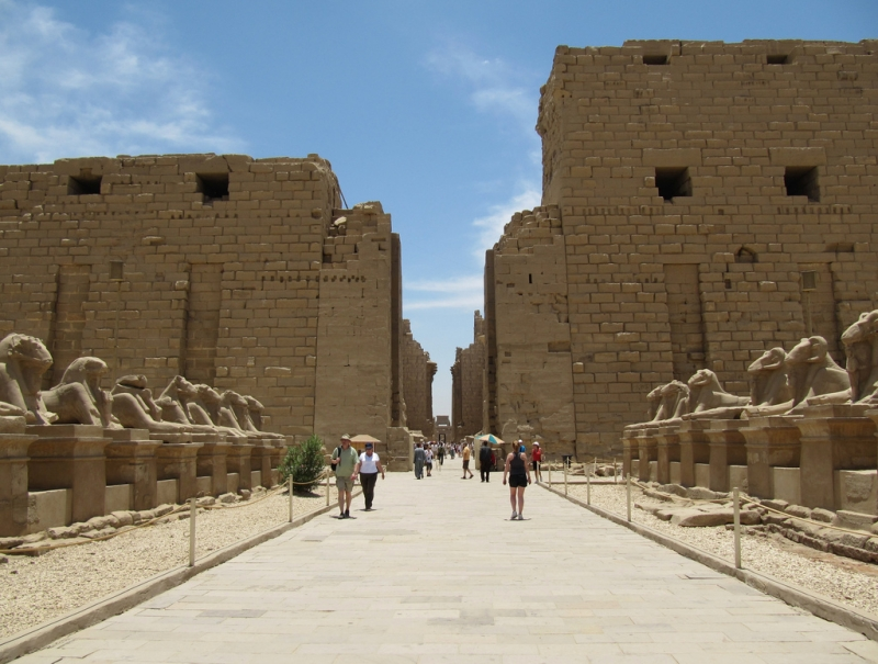 Luxor Travel Guide Informtion About Luxor Egypt
