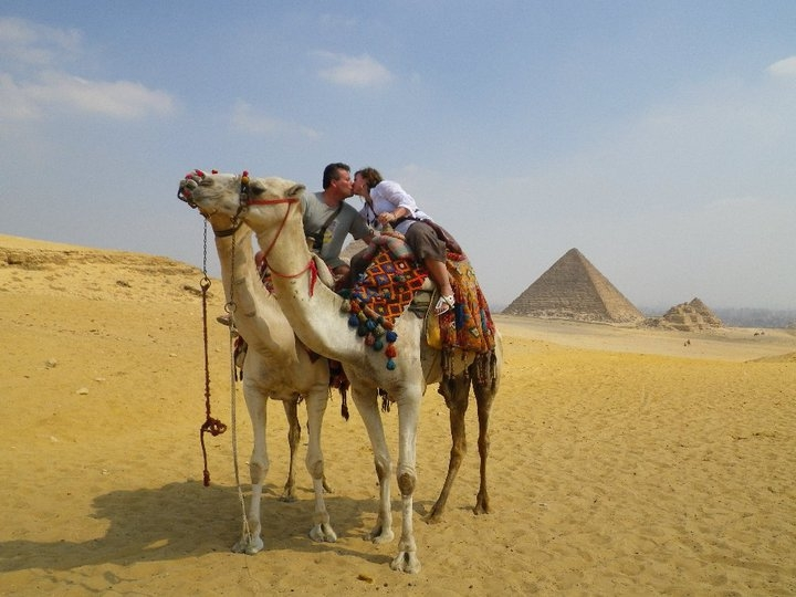 Honeymooning around Pyramids