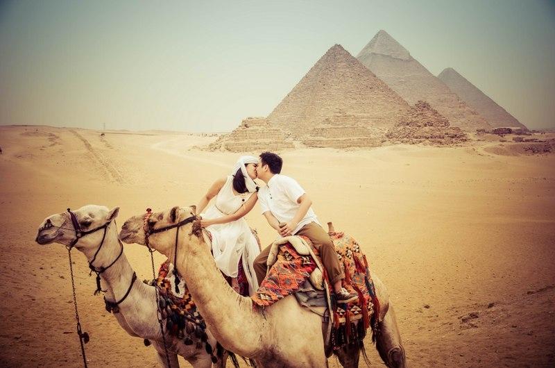Honeymoon at the Ancient Pyramids