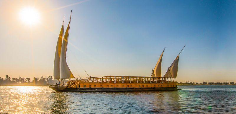 Nuun Dahabeya/ Nuut Dahabeya zwischen Assuan und Luxor
