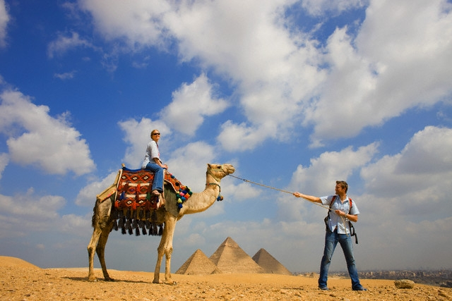 Camel Ride around the Giza Pyramids, Egypt
