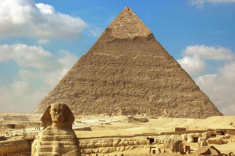 pyramides de gizeh et sphinx
