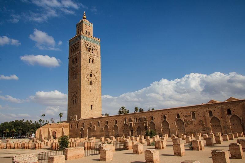 circle the koutoubia mosque the tower of koutoubia mosque. Black Bedroom Furniture Sets. Home Design Ideas