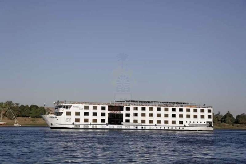 Movenpick M/S Royal Lily at Easter