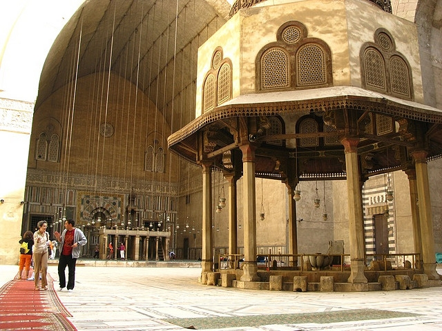 Amazing Sultan Hassan Mosque ... Good Looking