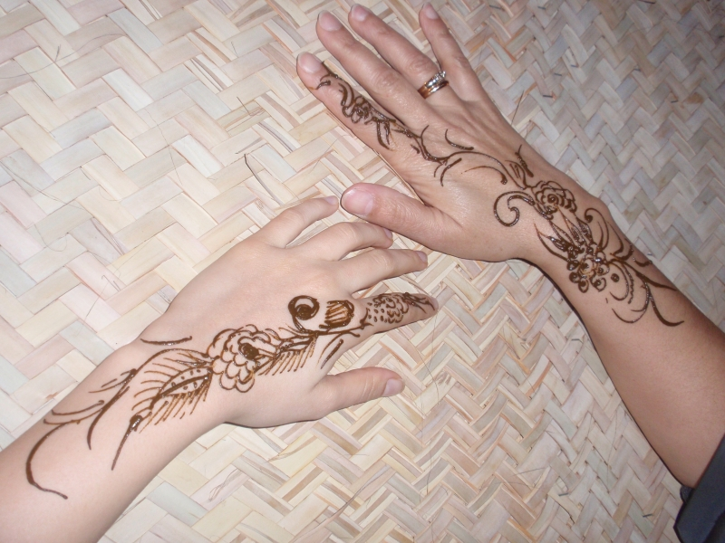 Henna Tattoo in the Camp