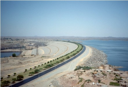 The Way to the High Dam, Aswan