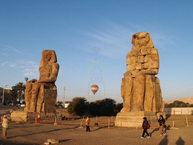 Colossos de Memnon, Luxor