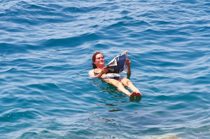 Un-sinkable in the Dead Sea