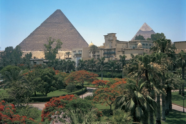 Stunning view of Giza Pyramids