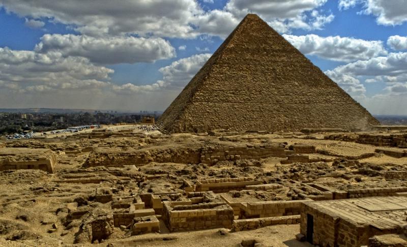 Pyramid of Cheops | Giza Pyramids | Egypt
