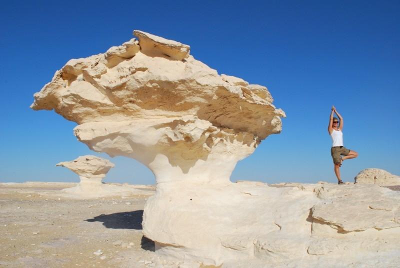 白沙漠,西部沙漠