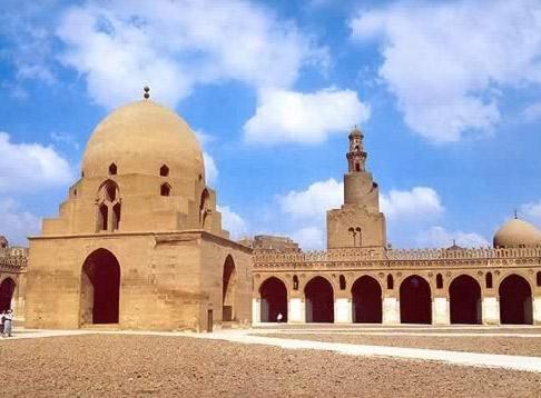 A Mesquita de Ibn Tulun e o Museu Gayer Anderson ( Cairo )
