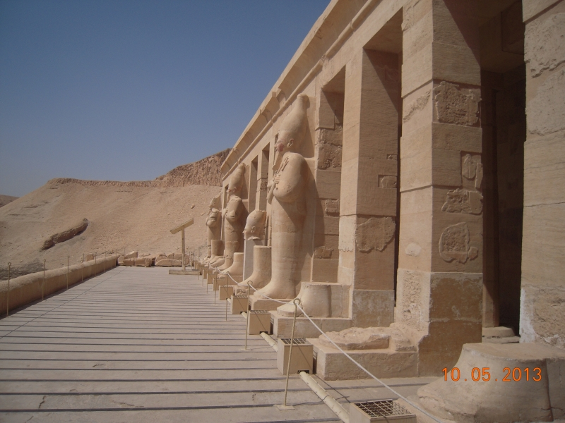 Temple d'Hatshpsout