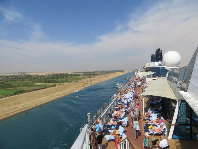 Suez Travel Guide
