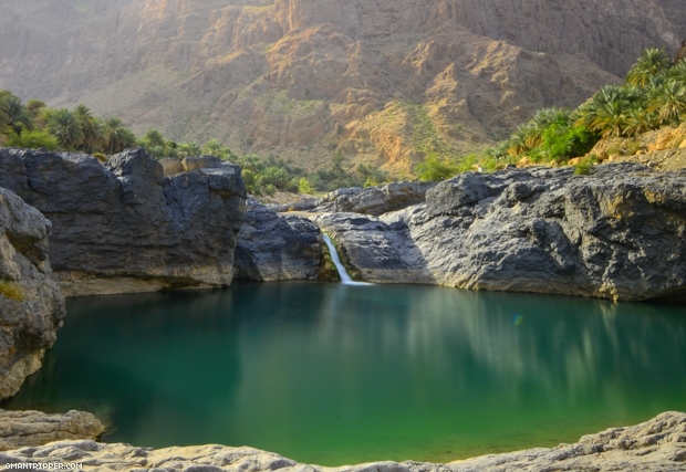 Wadi Al Arbaeen and Wadi Shabb Tour from Muscat