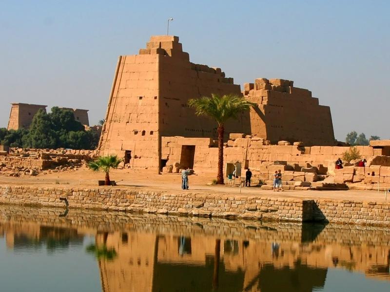 Lago Sacro del Tempio di Karnak a Luxor