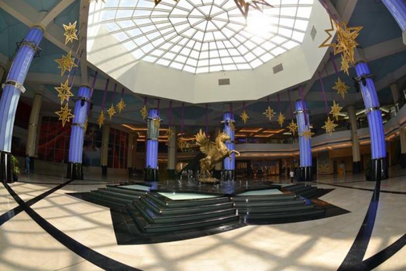 Shopping at abu dhabi abu dhabi shopping malls malls for Al manzool decoration abu dhabi