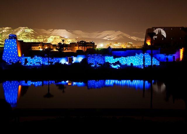 Show de luzes e som em Karnak