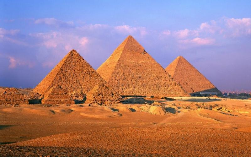 Las pirámides de Giza. Egipto