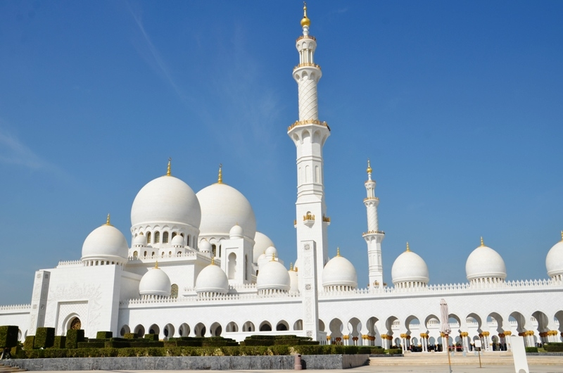 sheikh Zayed Grand Mosque.