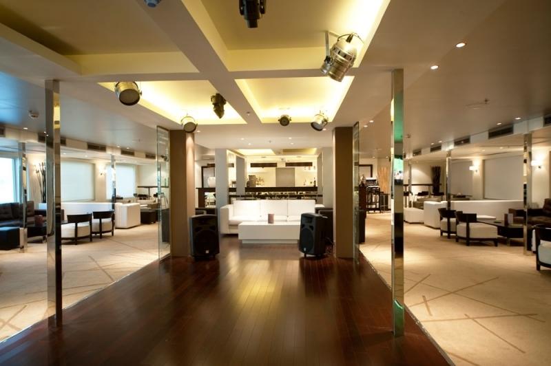 Farah Nile Cruise Lobby