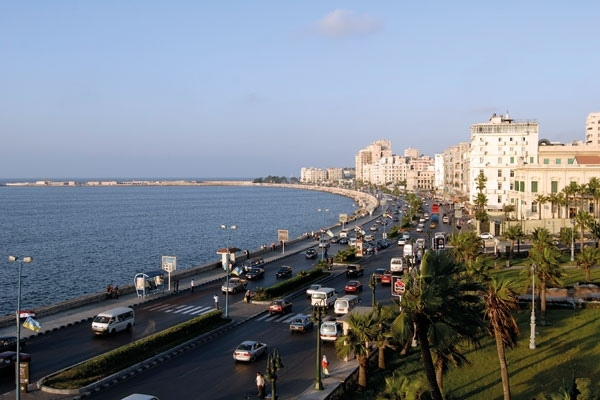 how to go to cairo to alxandria