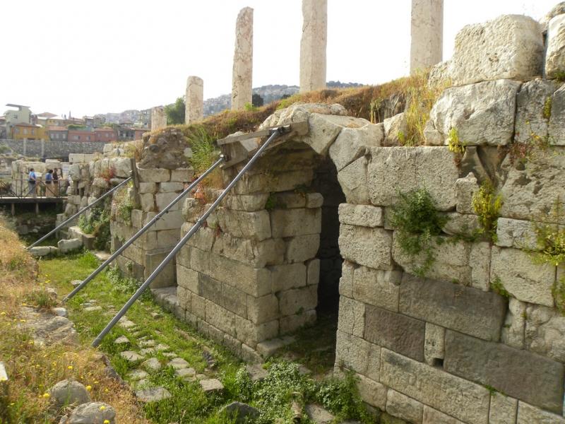The Ancient Smyrna