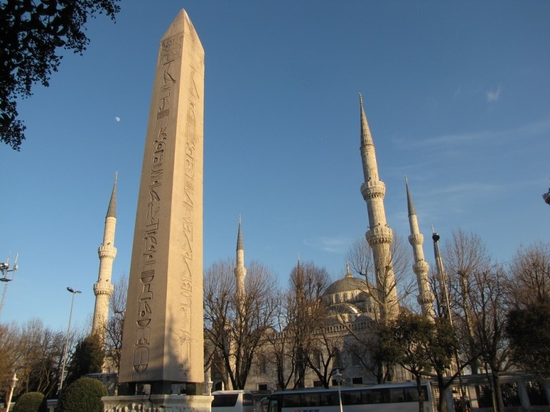 Obelisco egipcio, Estambul