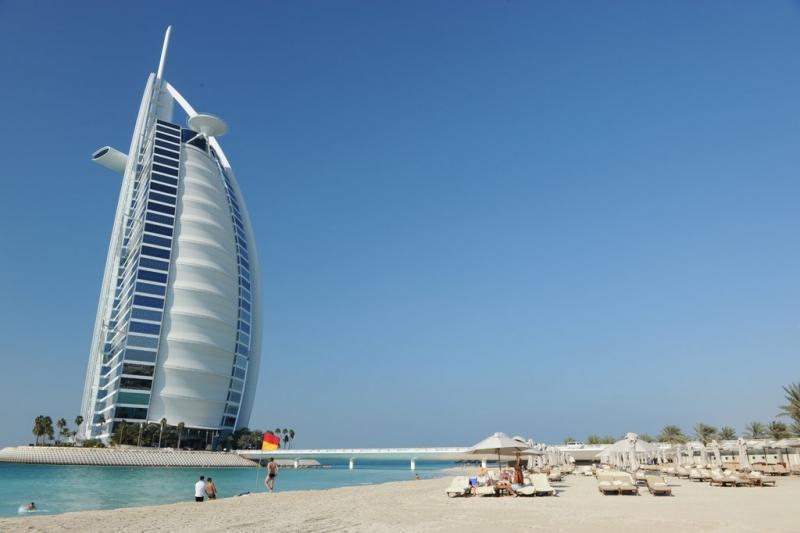 Aeroporto Emirati Arabi : Dall aeroporto di abu dhabi a dubai