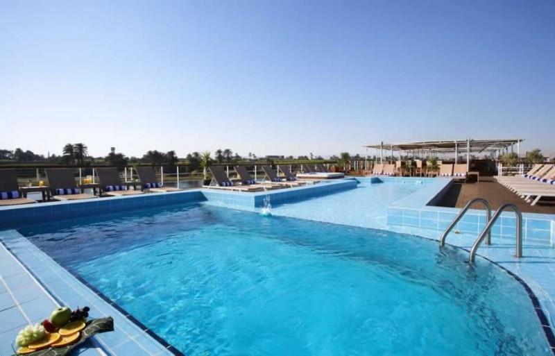 王室莉莉尼罗河邮轮,游泳池