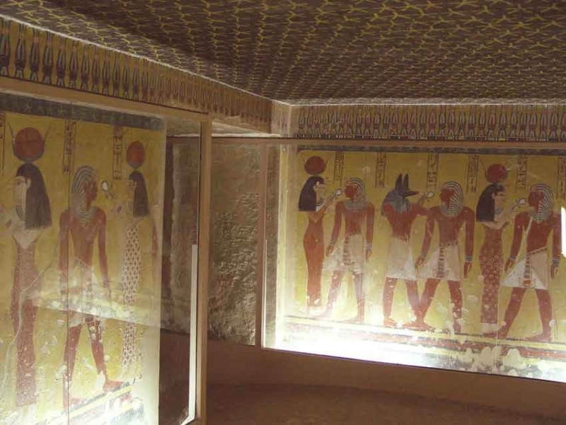Inside Valley of The Kings in Luxor