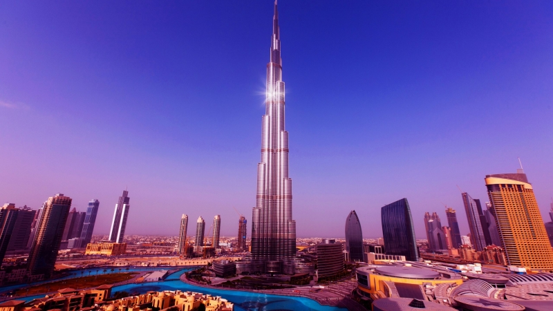 Tour a Dubai