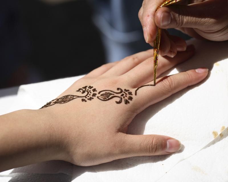 Tatuaggio Henna, Dubai