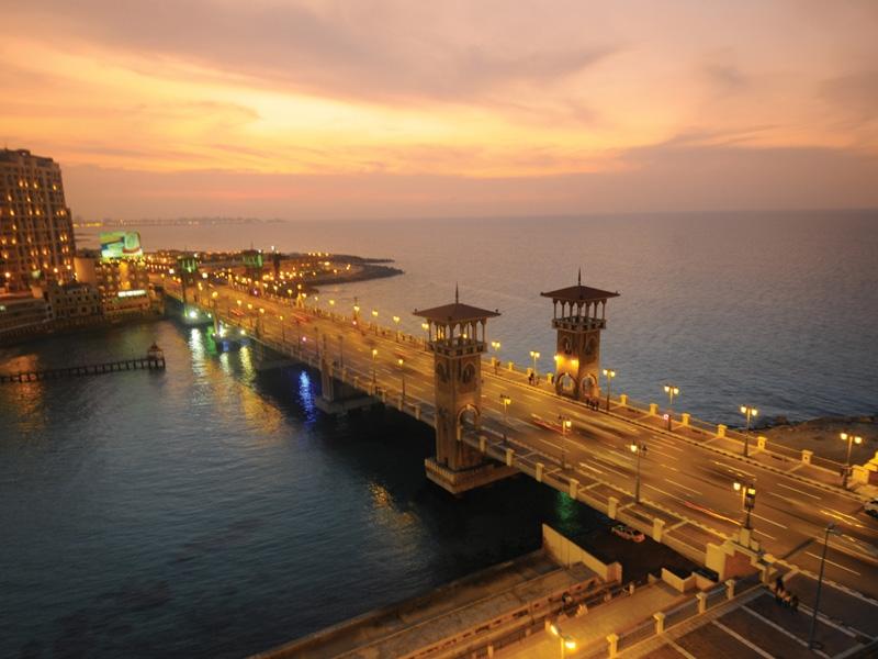 Stanley Bridge by Night in Alexandria City