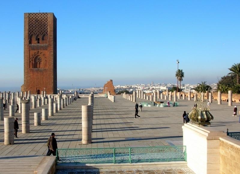 Tour Hassan et mosquée