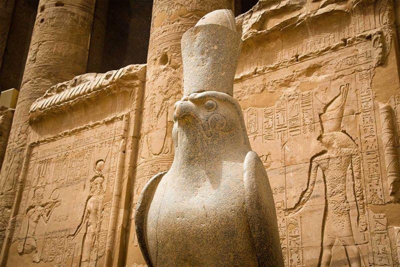 Il Dio Horus: Il Dio del Sole