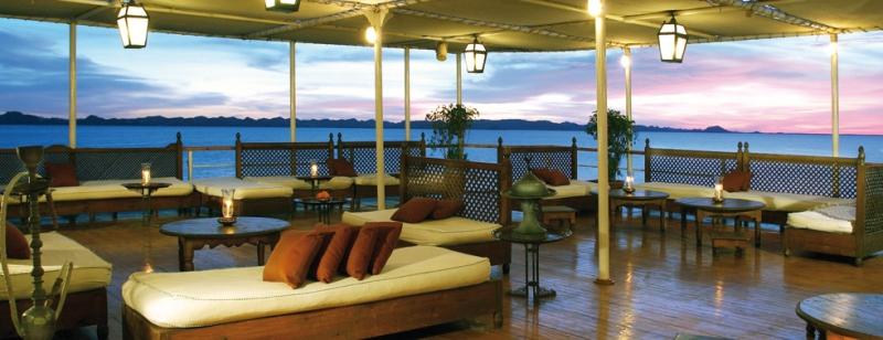 Movenpick Prince Abbas Lake Cruise Lounge