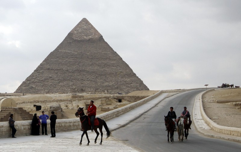 Horse Riding Near Giza Pyramids