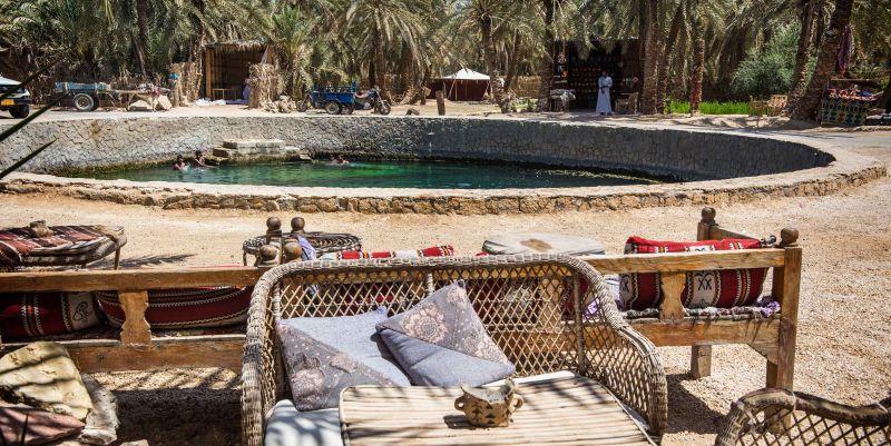 El estanque de Cleopatra en el Oasis de Siwa Egipto