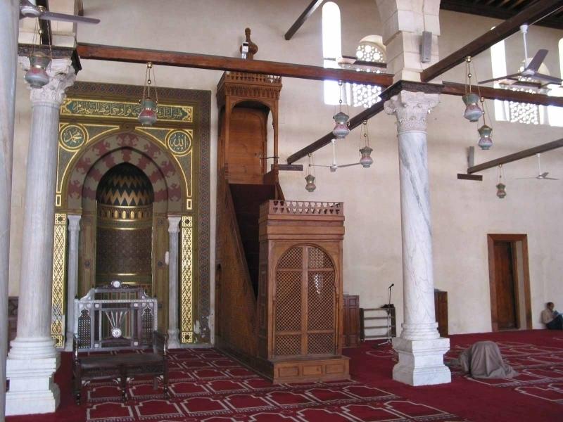 Inside Amr Ibn Al Aas Mosque