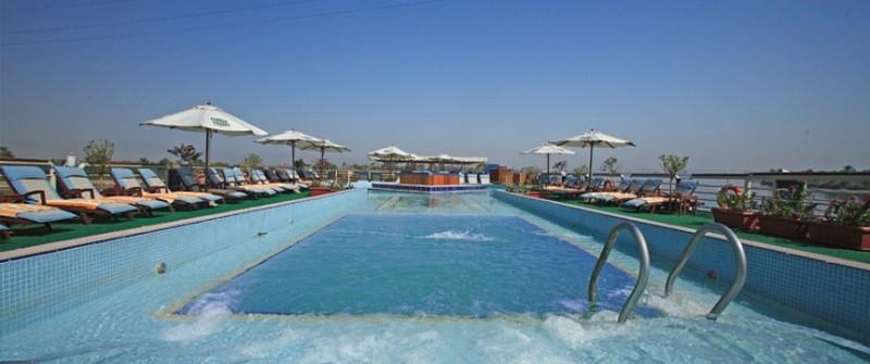 索内斯特圣乔治尼罗河邮轮,游泳池