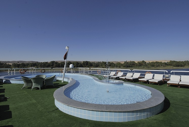 Deluxe Hamees Nile Cruise Swimming Pool