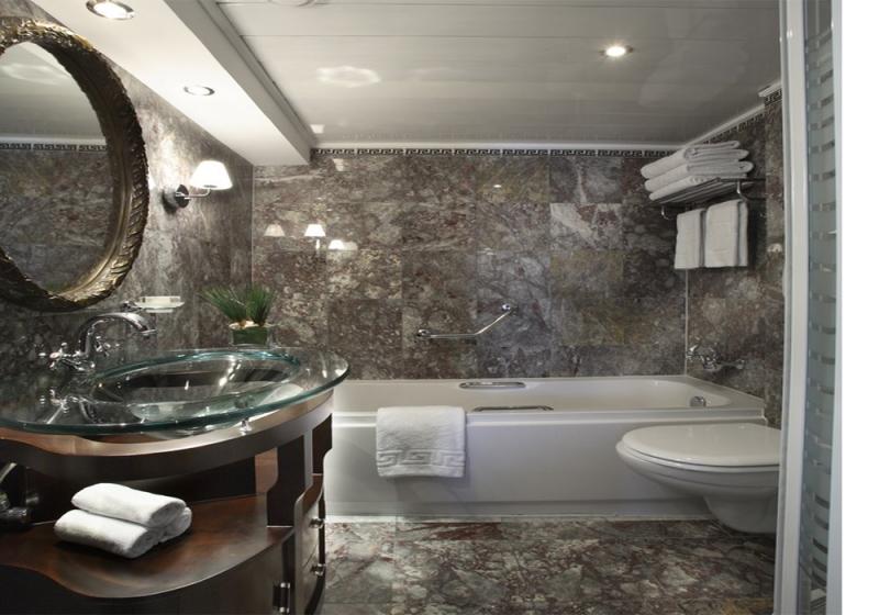 Sonesta Star Goddess Bathroom
