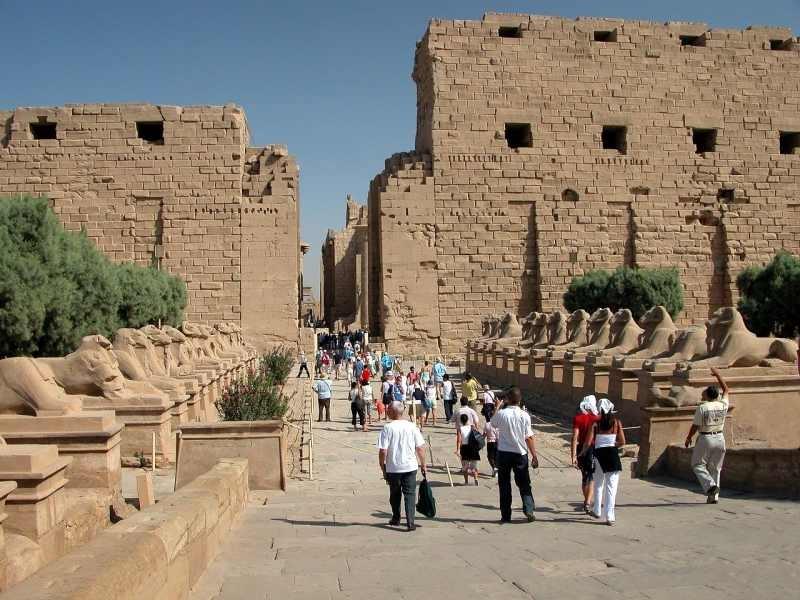 L'entrée surveillée des Temples de Karnak