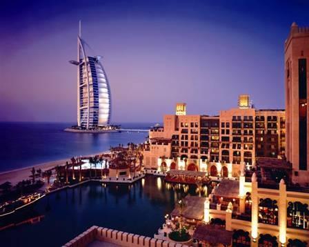 艾恩绿洲之旅 (迪拜港口)