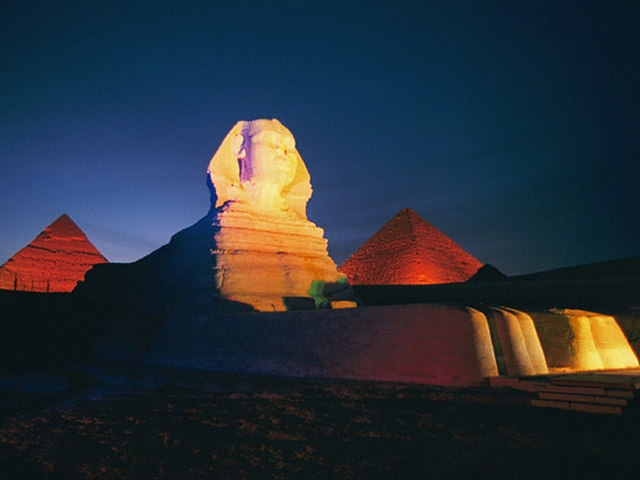 pyramid sound and light show in giza egypt pyramids show. Black Bedroom Furniture Sets. Home Design Ideas